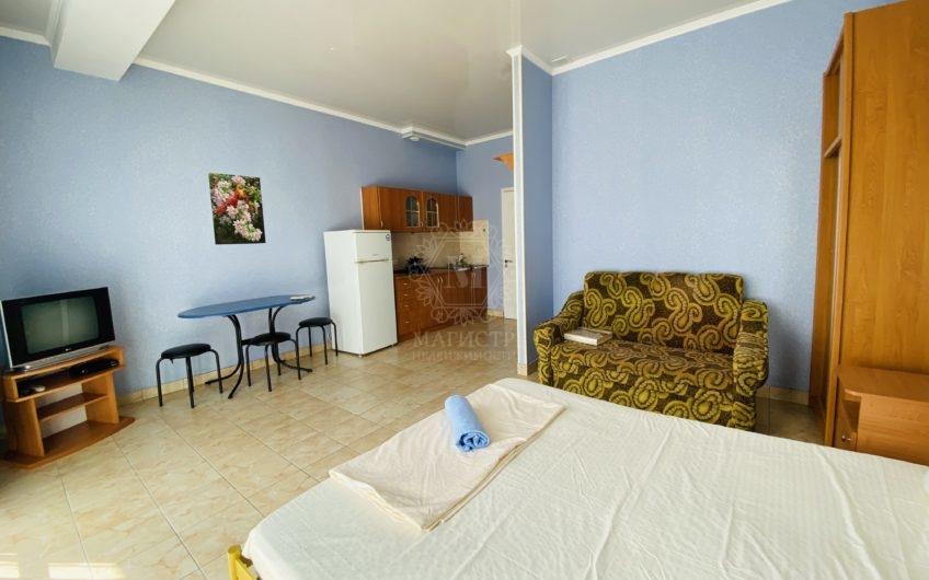 Квартира-студия в Отрадном, на третьем этаже