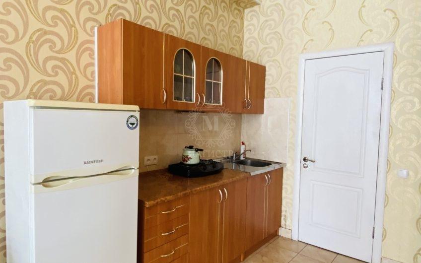 Квартира-студия в Отрадном, на втором этаже
