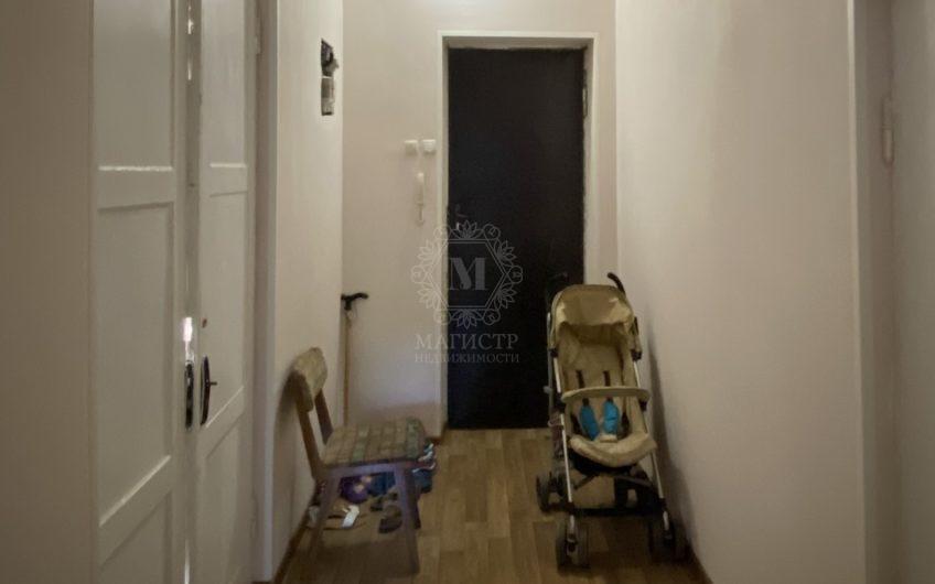 Двухкомнатная квартира по улице Московская, д. 41 – «Сталинка»