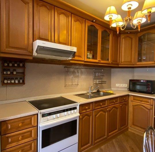 Продам трёхкомнатную квартиру улучшенной планировки по ул. Красноармейская, д. 44-А