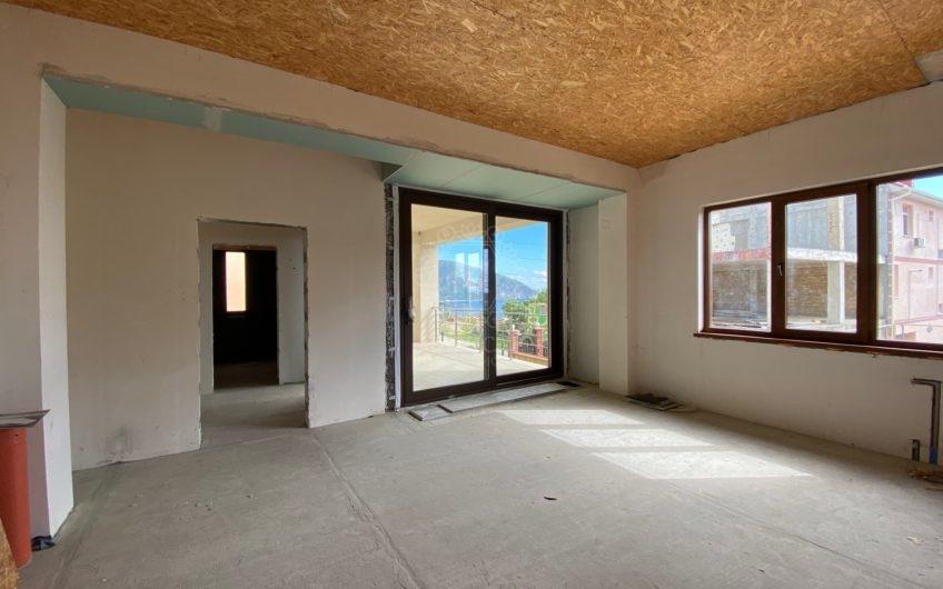 """Продается частное домовладение в Гурзуфе с видом на гору """"Медведь"""" и скалы """"Адалары"""""""